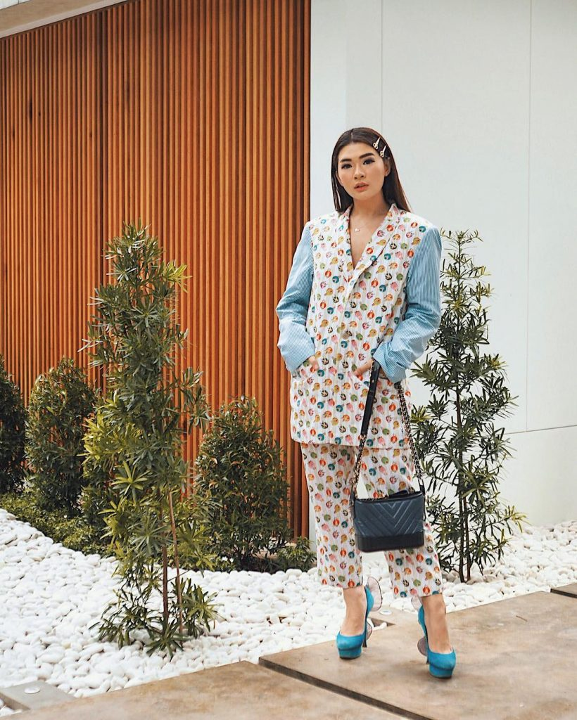 Fashion Influencer Indonesia Anastasia Siantar
