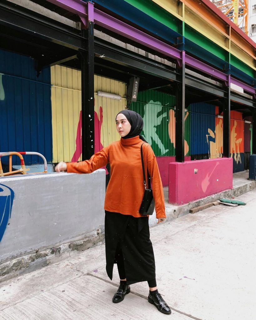 Hijab Influencer Indonesia Intan Khasanah