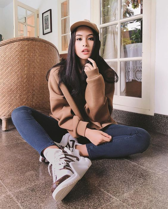 Indonesia Youth Influencer Maudy Ayunda