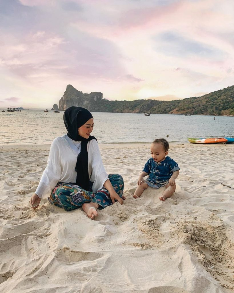 Parenting Influencer Indonesia Rachel Vennya