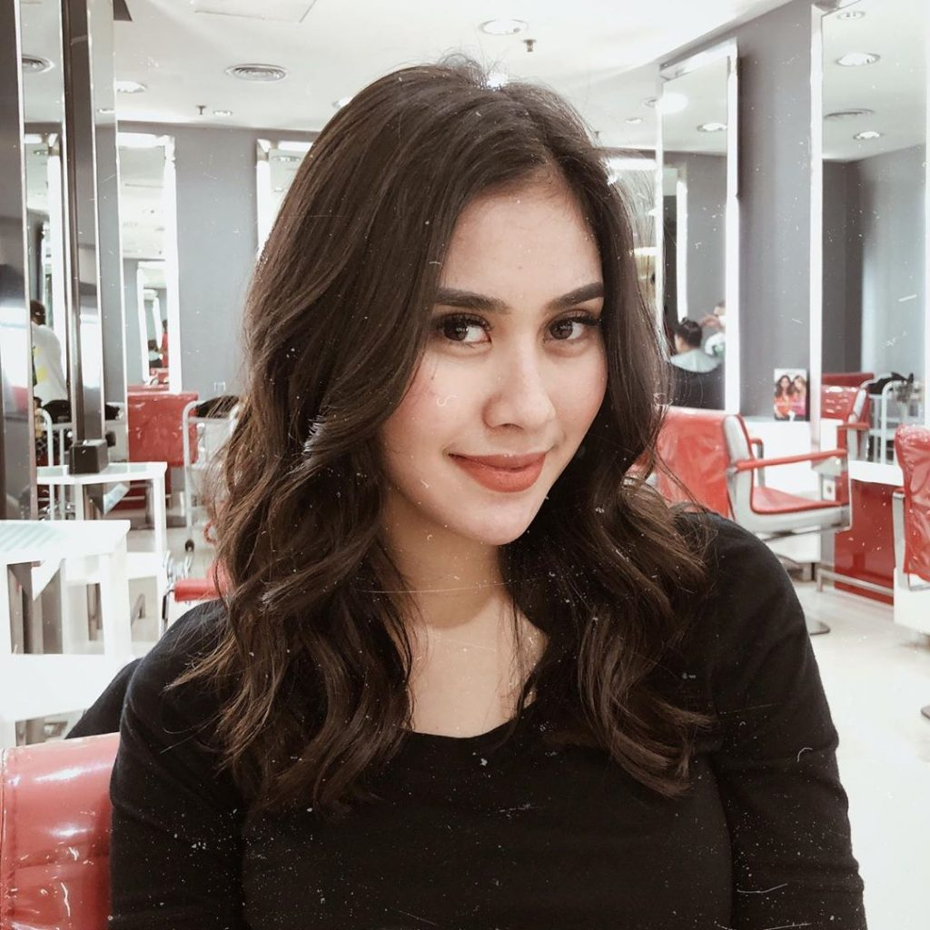 Top Influencer Indonesia Wanita Syahnaz Sadiqah