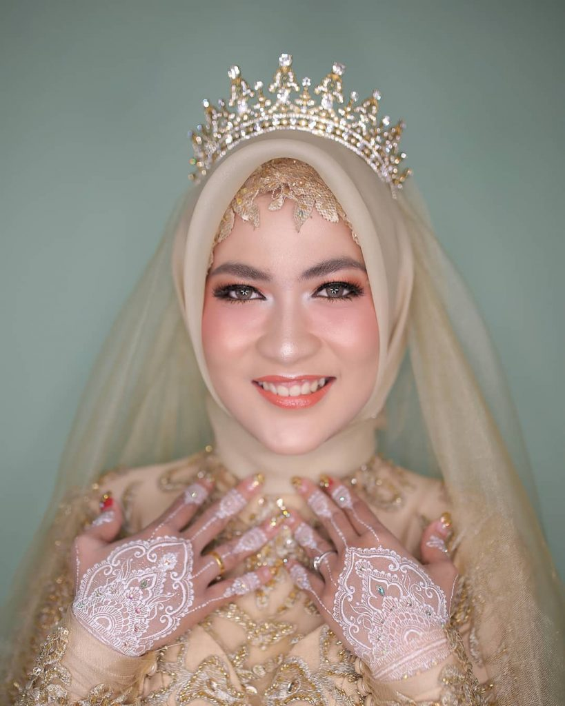 Make Up Artist Surabaya Elok Ayu